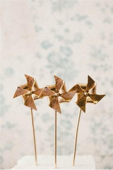 Gold Pinwheel Cake Toppers