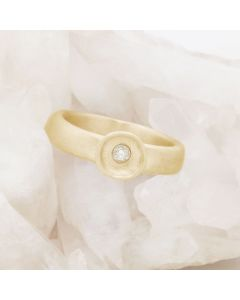 Love Surrounds Me Ring {10k Gold}