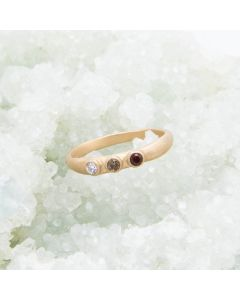 Handcrafted 14k yellow gold mother's rings customizable with up to 6 genuine birthstones