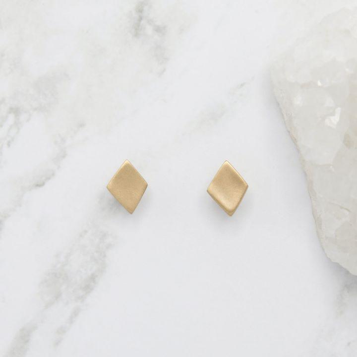 Fly A Kite Stud Earrings {10k Gold}