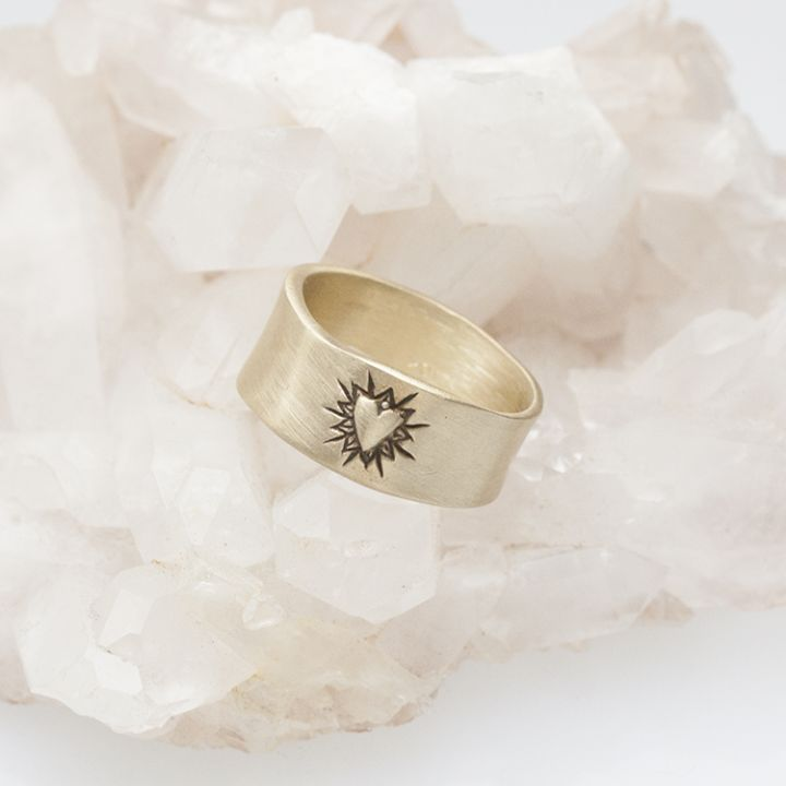 Bursting Heart Ring {10K Gold}