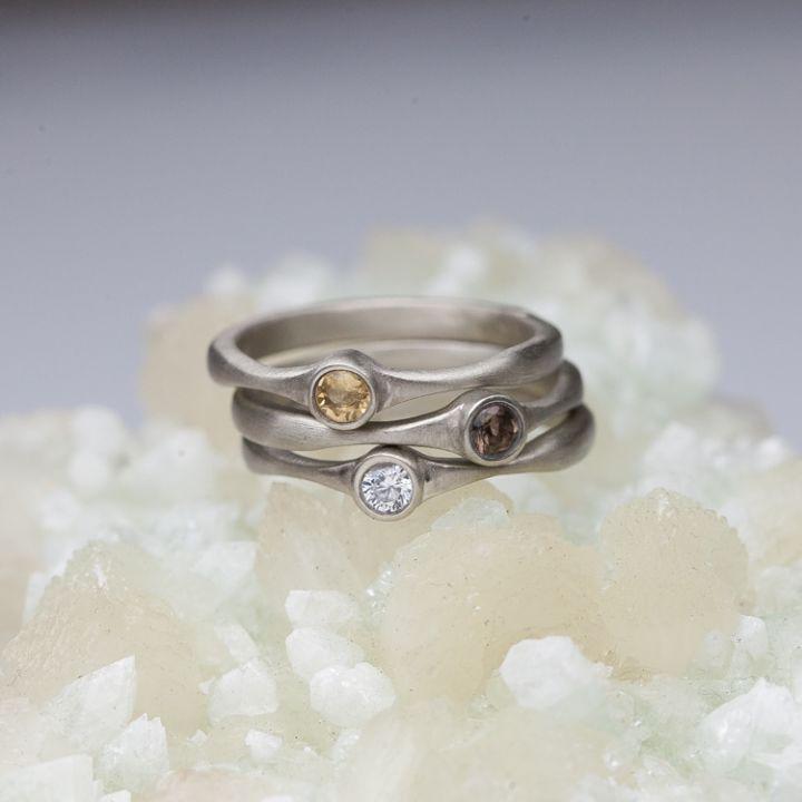 Bezel Birthstone Ring {10K White Gold}