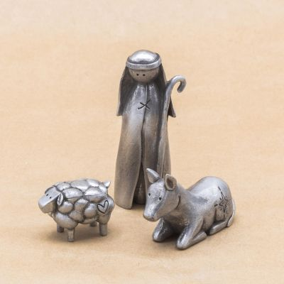 Shepherd Nativity Figurine Set {pewter}