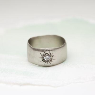 Sunburst Diamond Ring {10K White Gold}