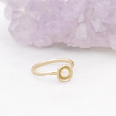 Nesting Freshwater Small Pearl Ring {10k Gold}