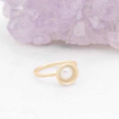 Nesting Freshwater Large Pearl Ring {10k Gold}