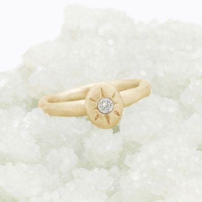 Bright Love Ring {10k Gold}