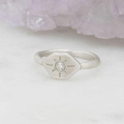 Nostalgia Ring {Sterling Silver}