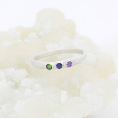 Handcrafted sterling silver mother's ring with customizable genuine birthstones