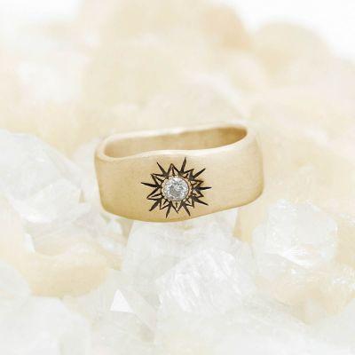 14k white gold sunburst diamond ring with a 3mm conflict free diamond